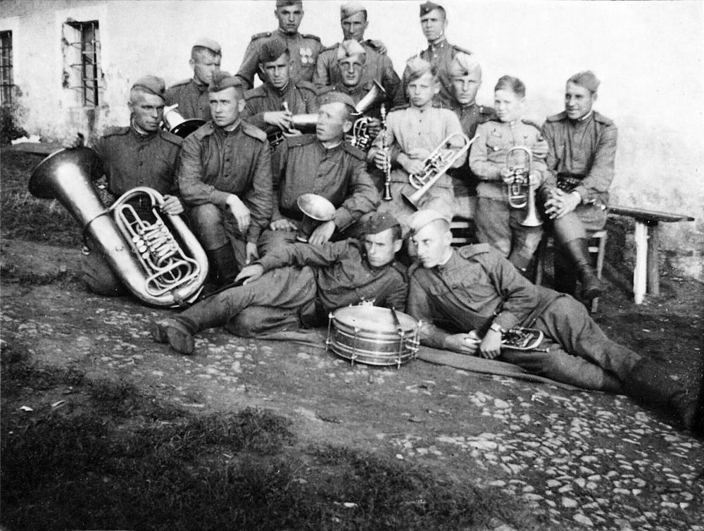 Das Mühlviertel wurde nach der Befreiung durch US-amerikanische Truppen Teil der sowjetischen Besatzungszone. In Lembach bildete die sowjetische Einheit auch eine Militärmusikkapelle.